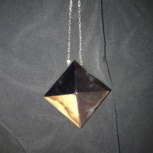 Noir extra long stud necklace